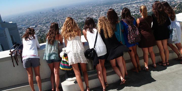 中学生 高校生 冬休み留学 アメリカ ロサンゼルス シトラスカレッジ 英語レッスン+アクティビティ FLS 授業クラス友だち