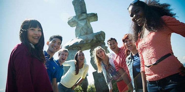 学生社会人シニア大人むけ短期長期語学留学 カナダ バンクーバー 語学学校 KAPLANカプラン ホームステイ レジデンス 半日総合集中英語 ビジネス英語 TOEFL,IETLS,ケンブリッジ対策 アクティビティ