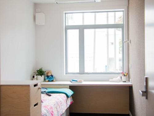 ニュージーランド高校留学 ウェリントンWellington クイーン・マーガレット・カレッジ 私立、女子校 Queen Margaret House(学生寮)お部屋