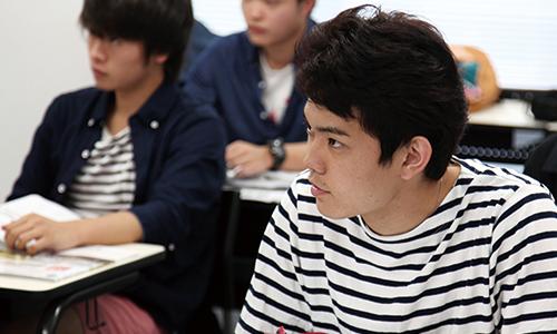 中国語総合技能および理数系科目クラス授業