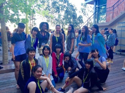 ISI国際学院の小学生中学生高校生の夏休み短期留学 アメリカロサンゼルス カリフォルニア大学ロサンゼルス校(UCLA) で英語レッスン&アクティビティ 学生寮