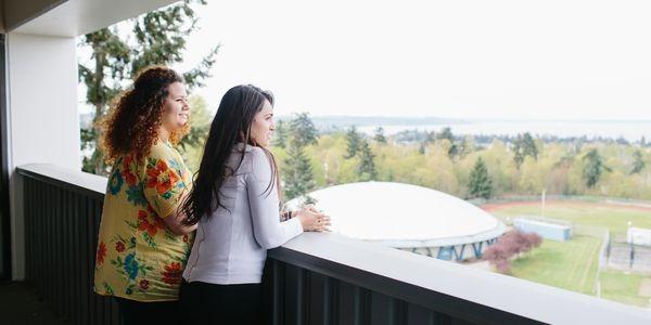 学生社会人シニア大人むけ短期~長期語学留学 アメリカ・シアトル 英語レッスン カレッジ編入進学準備 ホームステイレジデンス KAPLAN International English Seattle Highline College