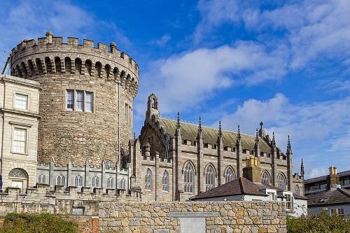 アイルランド高校留学 伝統のある街並みと美しい自然