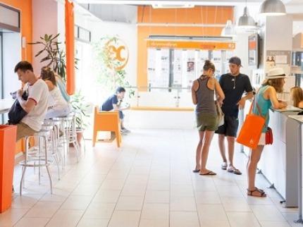 学生社会人シニア大人むけ短期長期語学留学 マルタ セントジュリアン スリーマ グッジーラ 世界遺産の街 EC Malta マルタ校