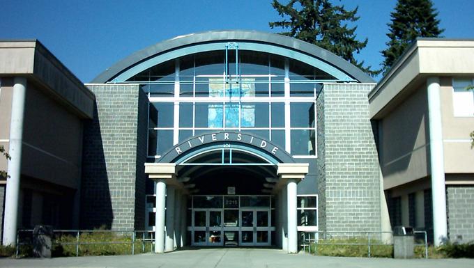コキットラム学区 リバーサイドセカンダリースクール