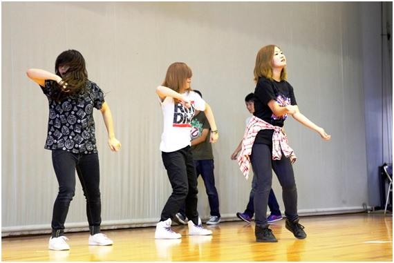 ダンスサークルは見事なパフォーマンスを披露してくれました
