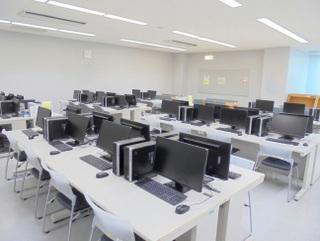 学生自習用パソコン