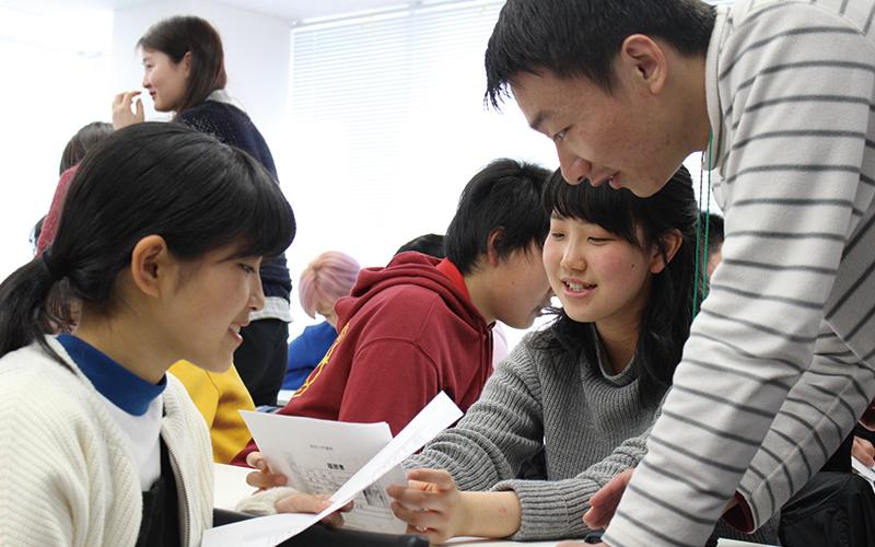 中国人留学生が発音をわかるまで何度も教えてくれた。