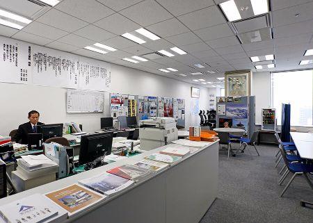 東京霞が関オフィスの入口から見た風景