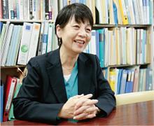 地域政策学部 教授 功刀 由紀子