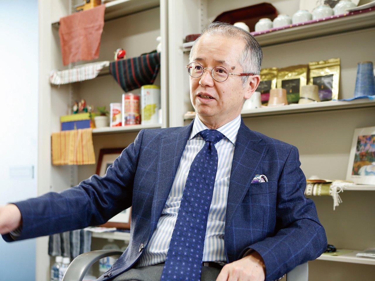 地域政策学部 教授 鈴木 誠