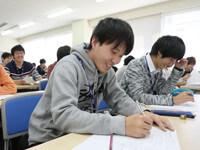 充実の直前対策授業と模擬試験