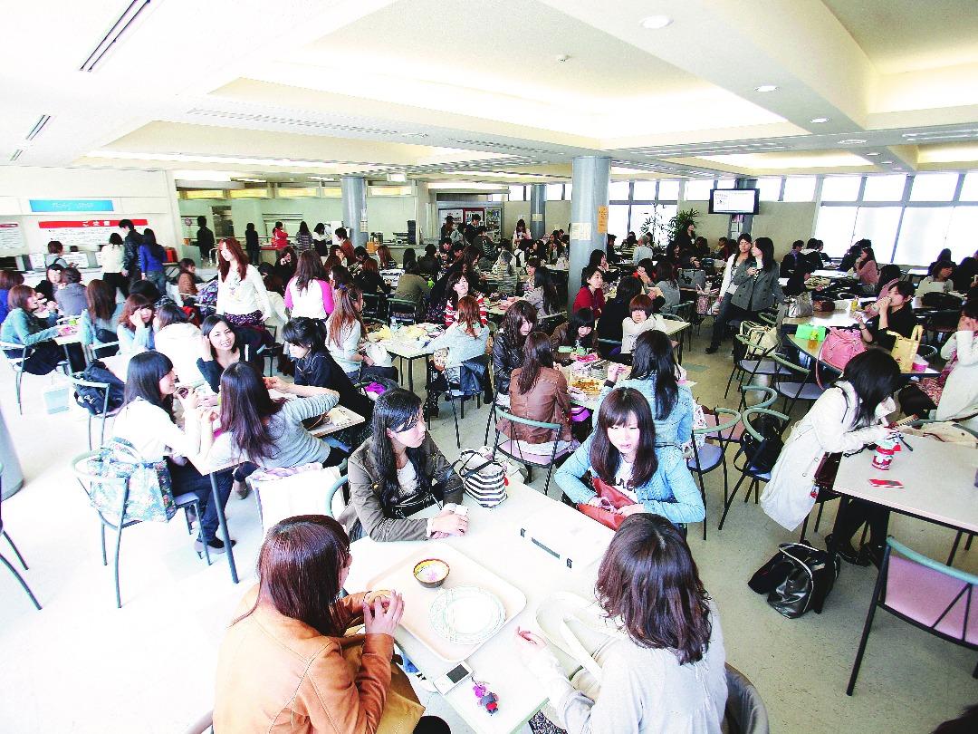 学生食堂「ぱうぜ」1階