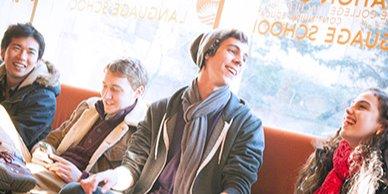 学生社会人シニア大人むけ短期~長期語学留学 カナダ・バンクーバー 一般&ビジネス英語 アカデミック科目 IELTSケンブリッジTOEICTOEFLテスト対策 ホームステイレジデンス アクティビティ 日本人スタッフ 国際交流友だち