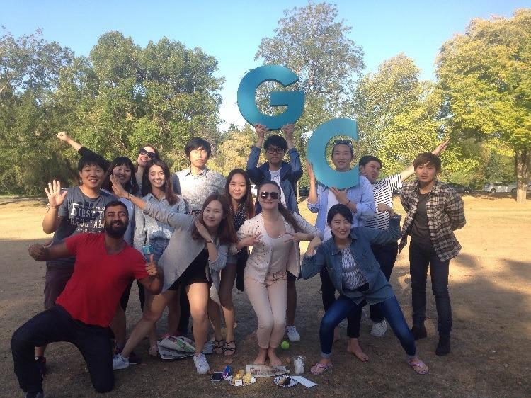 高校生むけ 15才以上夏休み留学 カナダ・バンクーバー スピーキング集中英語力アップ日本人スタッフ Global College ホームステイ