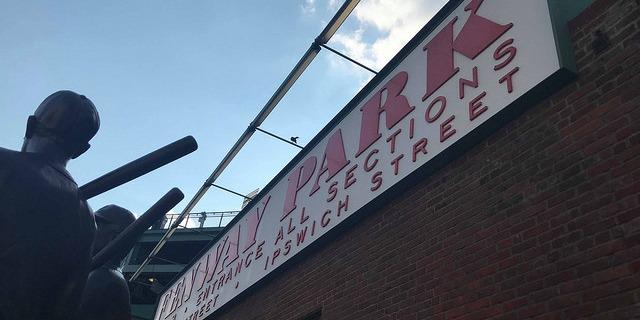 ISI国際学院 小中高生の短期留学 ボストン アメリカ タムウッドキャンプ 英語アクティビティ ロボティクス サマーキャンプ カリー大学 寮滞在 英語学習 インターナショナルスチューデント 野球観戦 ボストンレッドソックス エクスカージョン 遠足 アクティビティ フェンウェイパーク