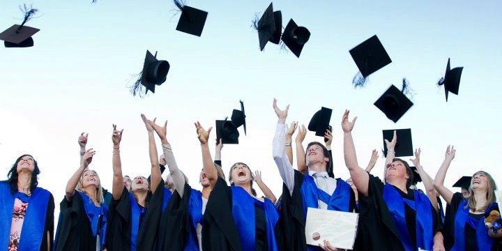 学生社会人シニア大人むけ短期長期語学留学 ニュージーランドクライストチャーチ 一般英語 ボランティア IELTSケンブリッジ対策 ホームステイ Ara ポリテクニック 修士