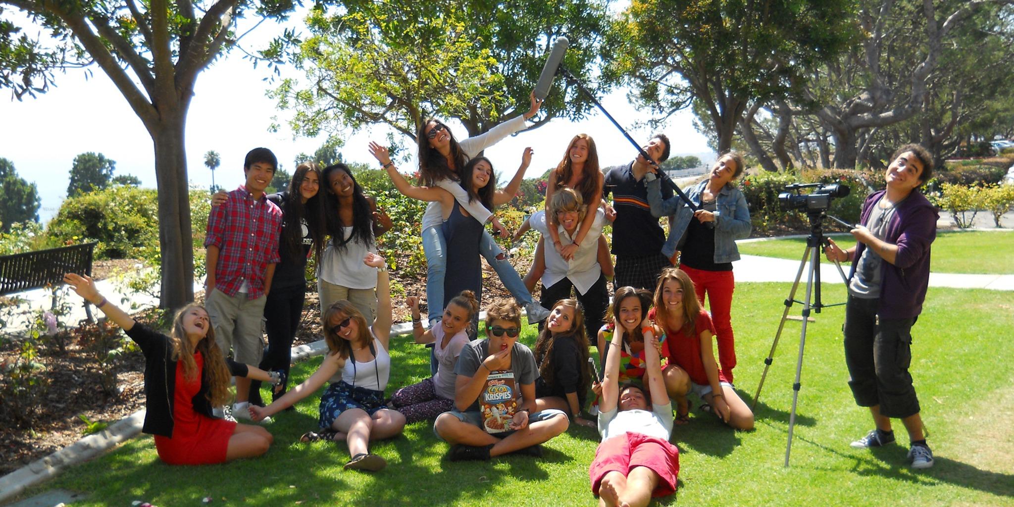 中高生むけ夏休み短期語学留学 アメリカ・カリフォルニア 英語コース+アクティビティ 映画 学生寮 カリフォルニアシネマキャンプ FLS International