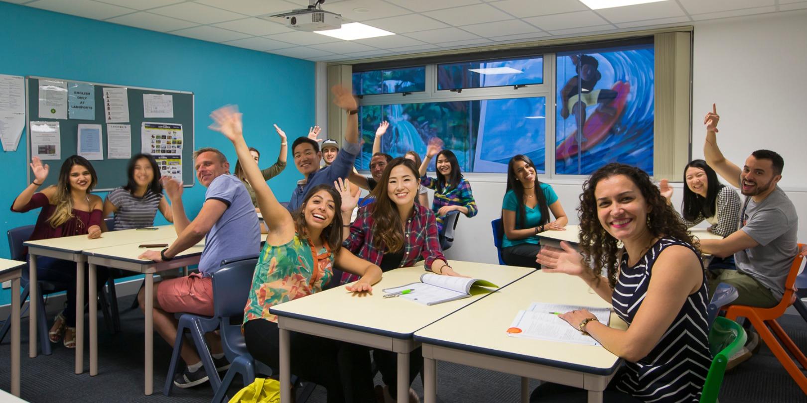 ISI国際学院 ジュニア 高校生の短期留学 オーストラリア 英語学習 UFOENGLISH ブリスベン ゴールドコースト シドニー サマーキャンプ インターナショナルスチューデント クラスメイト 教室 クラスルーム
