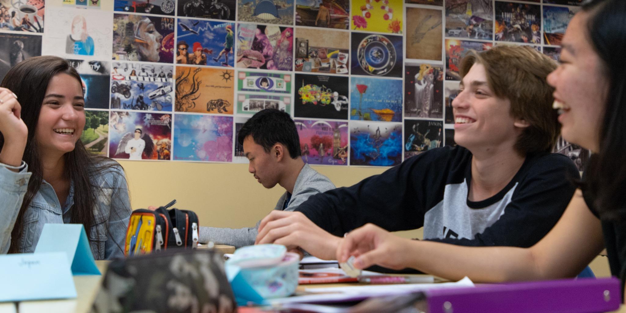 ISI国際学院 ジュニア 中高生 短期留学 カナダ バンクーバー 英語学習 クラスメイト インターナショナルスチューデント 語学留学