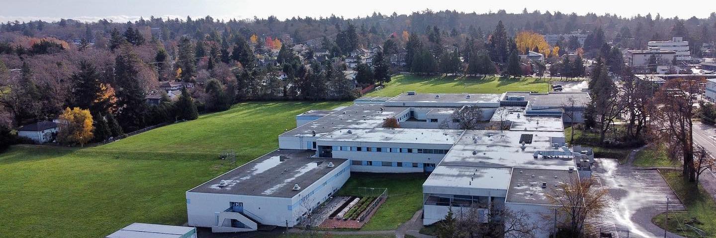 レイノルズ・セカンダリー・スクール(Reynolds Secondary School)