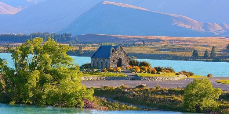 学生社会人シニア大人むけ短期長期語学留学 ニュージーランド オークランドクライストチャーチウェリントン 大自然