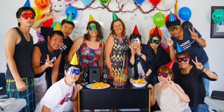 高校生冬休み短期語学留学 オーストラリアケアンズ 英語レッスンアクティビティクラブ活動スピーキング 日本人スタッフ英語オンリー ホームステイ SPC クリスマスパーティー