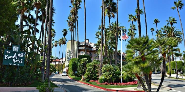 学生社会人シニア大人むけ短期長期語学留学 アメリカカリフォルニア州ロサンゼルスLA 語学学校 ビバリーヒルズ