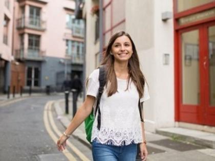学生社会人シニア大人むけ短期長期語学留学 アイルランドダブリン KAPLAN International Dublin カプランダブリン