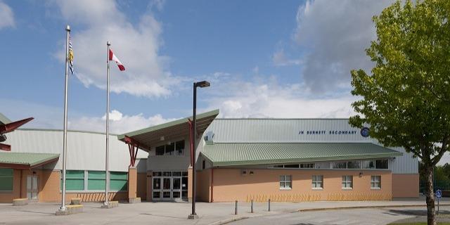 ジョン・ネイピア・バーネット・セカンダリー・スクール J.N. Burnett Secondary School