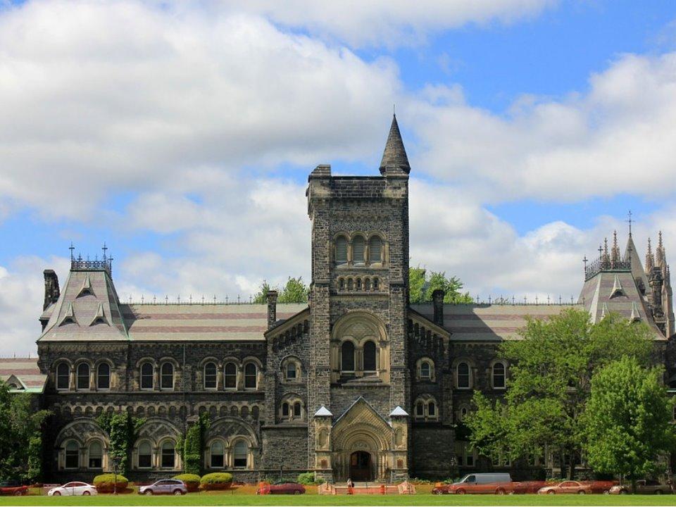 カナダ高校留学 高い教育レベル