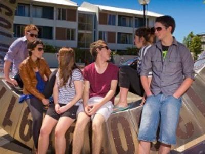 大学生 専門学校生 夏休み短期語学留学 ニュージーランドクライストチャーチ 一般英語 ボランティア IELTSケンブリッジ対策 ホームステイ 日本人スタッフ Ara