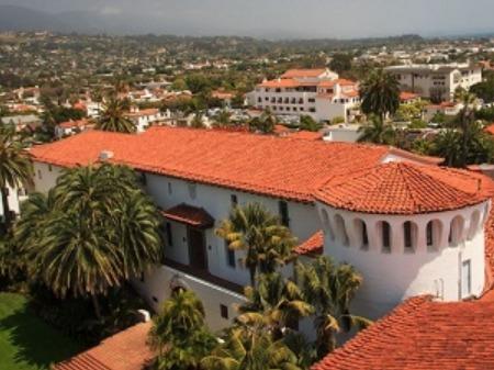 学生社会人シニア大人むけ短期長期語学留学 アメリカカリフォルニア州ロサンゼルス サンタバーバラ Kaplan International English - Santa Barbara