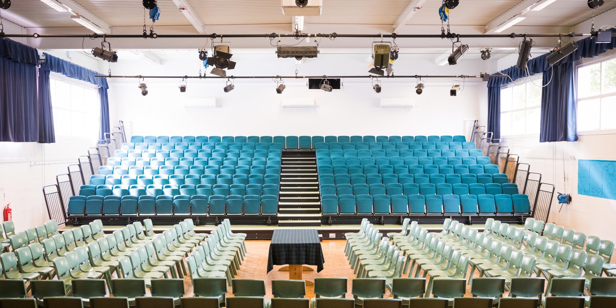 小学生 中学生 夏休み留学 短期留学 イギリス オクスフォード 近郊 シブフォード 英語+アクティビティ ボーディングスクール 寮滞在