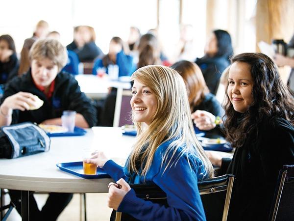 中学生・高校生むけ 高校留学プログラム カナダ・ニュージーランド・アイルランド・オーストラリア・イギリス・アメリカ 公立私立 国際バカロレア