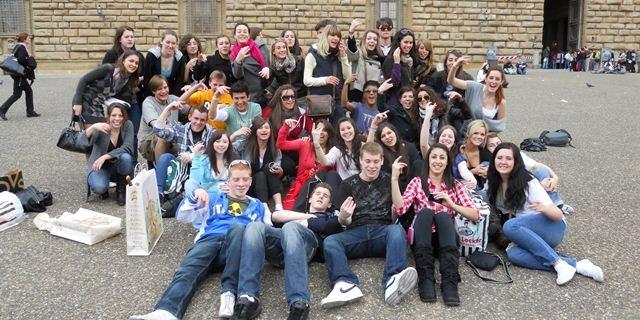 中学生高校生夏休み短期語学留学 カナダバンクーバー SD43コキットラム学区 公立校 Coquitlam ホームステイ 英語レッスン+アクティビティ 国際交流 友だち グループ