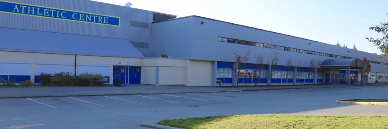 シークアム・セカンダリー・スクール(Seaquam Secondary School)