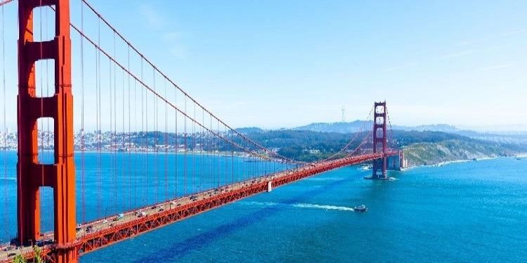 学生社会人シニア大人むけ短期長期語学留学 アメリカ サンフランシスコ 語学学校 ゴールデンゲートブリッジ