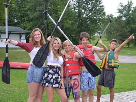 ISI国際学院 中学生高校生の夏休み留学 カナダオンタリオ州トロント郊外キャンプ体験 学生寮