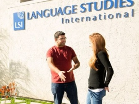 LSI サンディエゴ校学生社会人シニア大人むけ短期長期語学留学 アメリカカリフォルニアサンディエゴ 語学学校 San Diego
