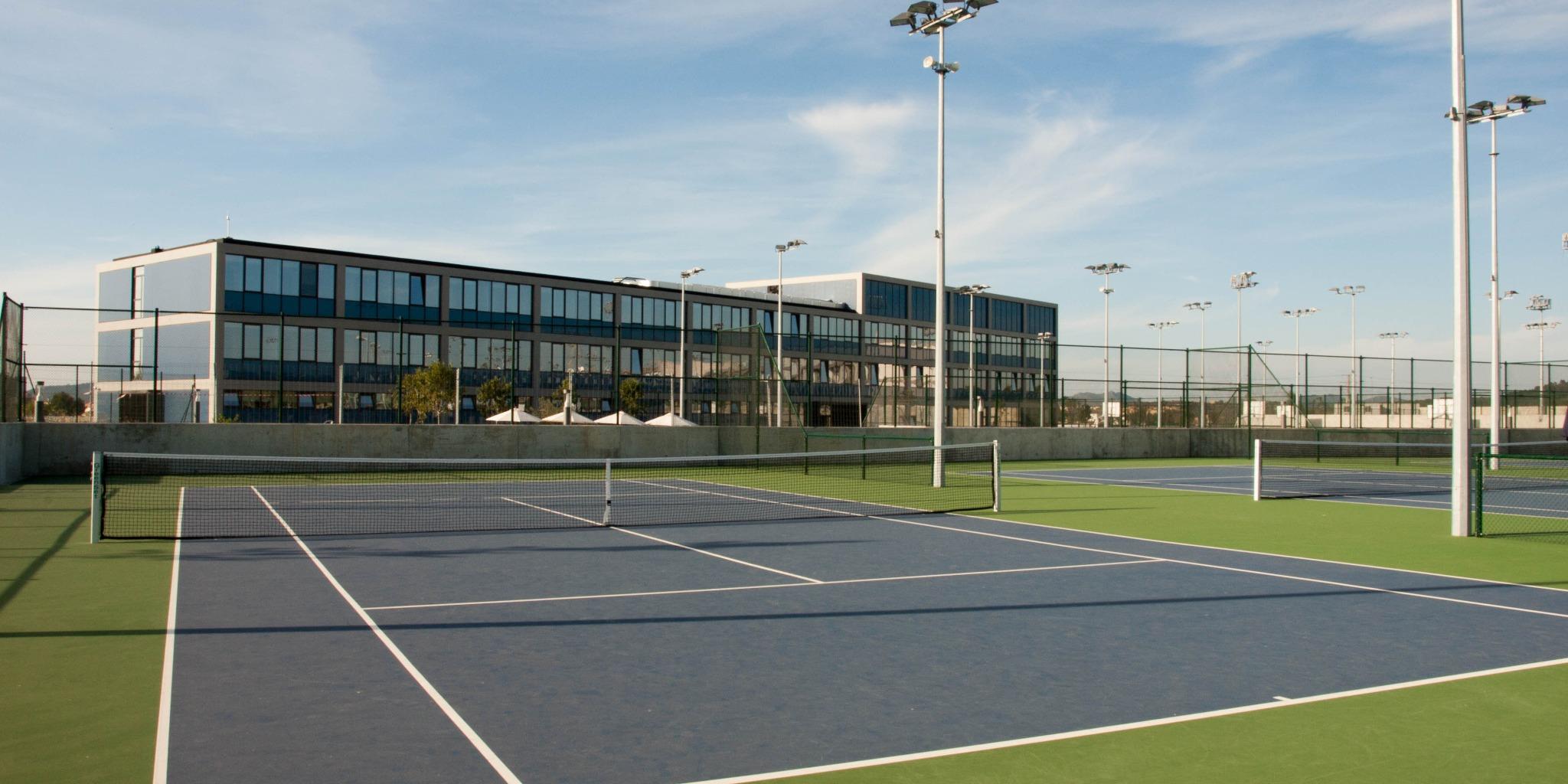 ISI国際学院 小学生 中学生 高校生 夏休み留学 短期留学 テニス留学 ラファ ナダル アカデミー Rafa Nadal Academy アクティビティ付き