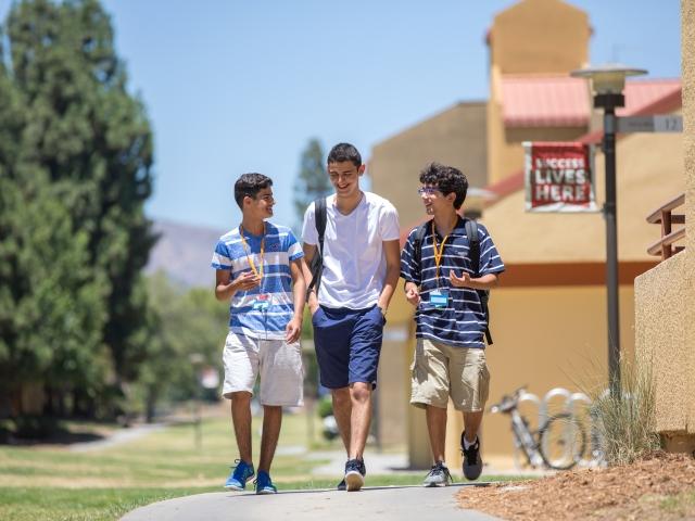 ISI国際学院の高校生の夏休み アメリカで英語+アクティビティ