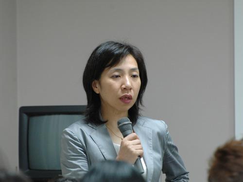 講師の渕雅子先生