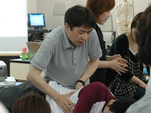 呼吸介助の実技指導
