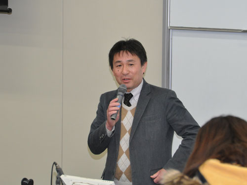 講師の佐藤孝臣先生