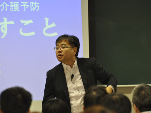 講師の葉山靖明先生