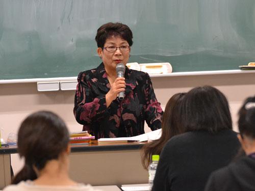 講師の森久美子先生
