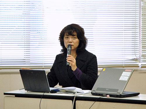 講師の三原ユキ江先生