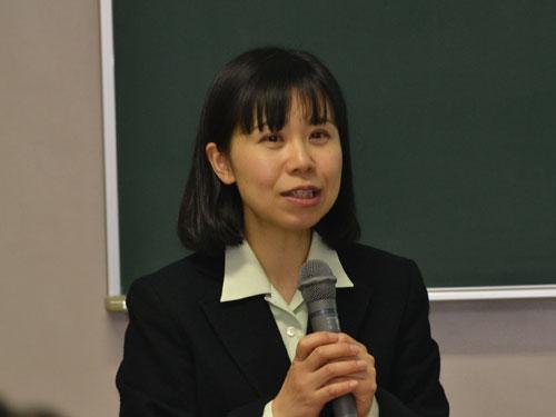 講師の川辺千津子先生