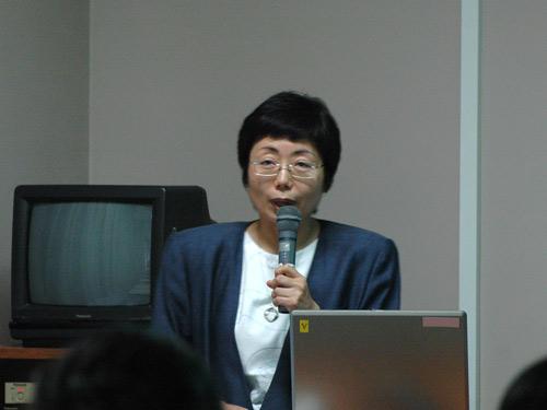 第1部講師の鐘ヶ江寿美子先生